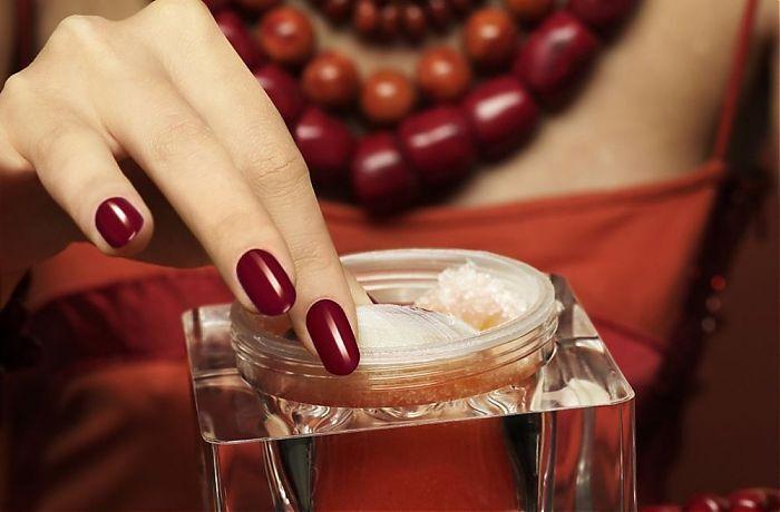 Luxus Anti-Aging Behandlung - mit IONZYME-DF Gerät..