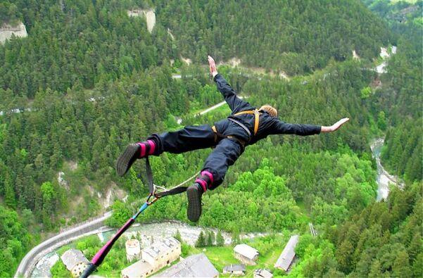 Jumping europabrücke bungee 9 Highest